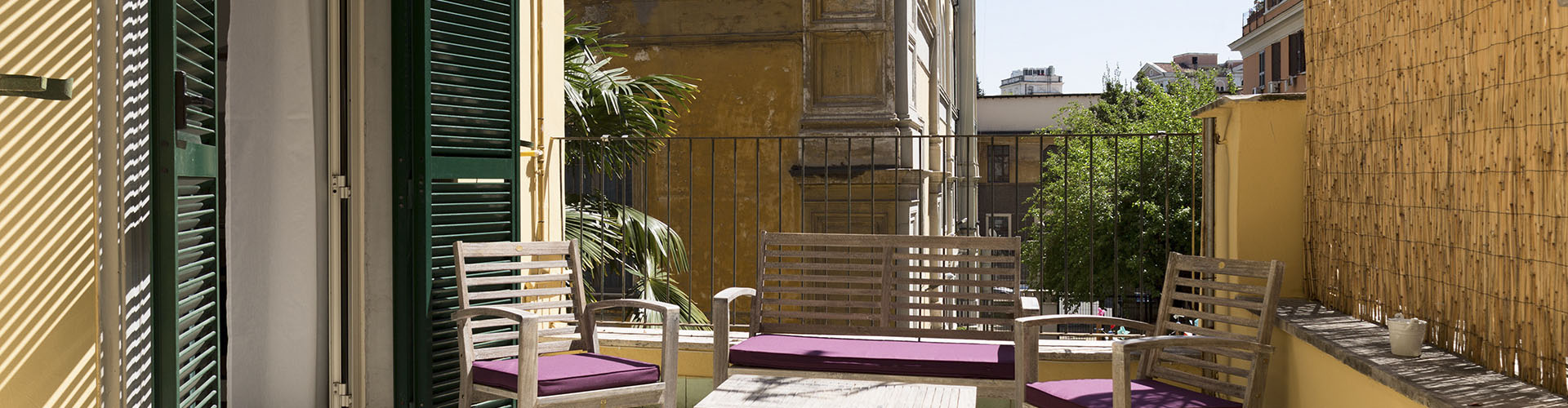 Home Inn Rome - Balcony